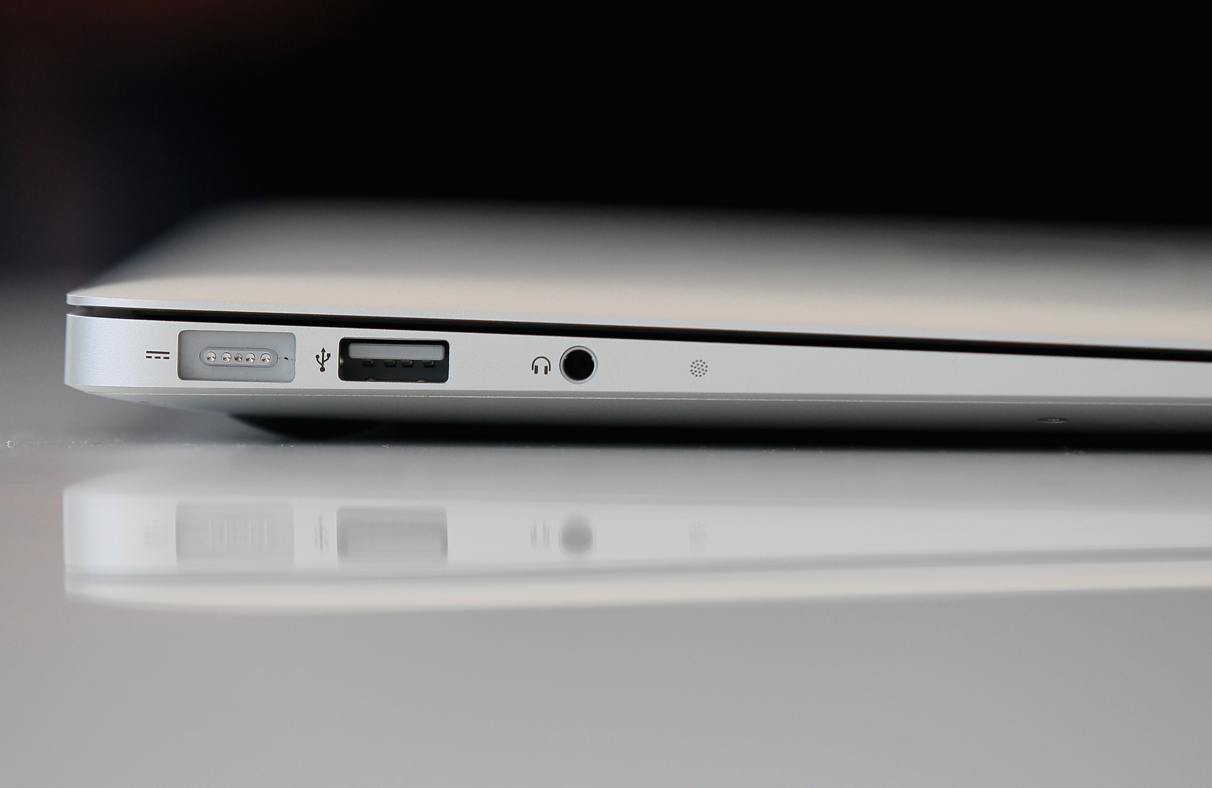 Apple quietly upgrades the MacBook Air with a slightly faster processor