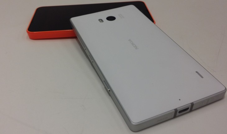 930rear 730x433 Hands on with Nokias new 20 megapixel Lumia 930