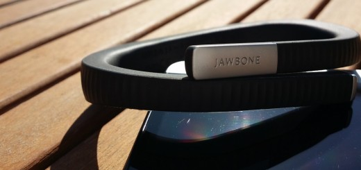 picture of Jawbone's fitness tracker