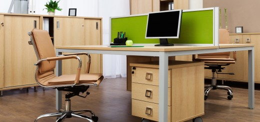 modern office desk 520x245 5 ways technology has changed recruiting forever
