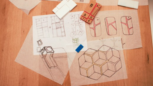 DSC08621 520x292 Behind the scenes: How beehives inspired the design of Googles innovative Project Ara smartphone
