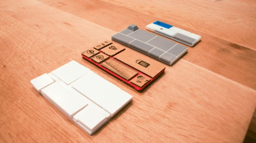 DSC08645 520x292 Behind the scenes: How beehives inspired the design of Googles innovative Project Ara smartphone