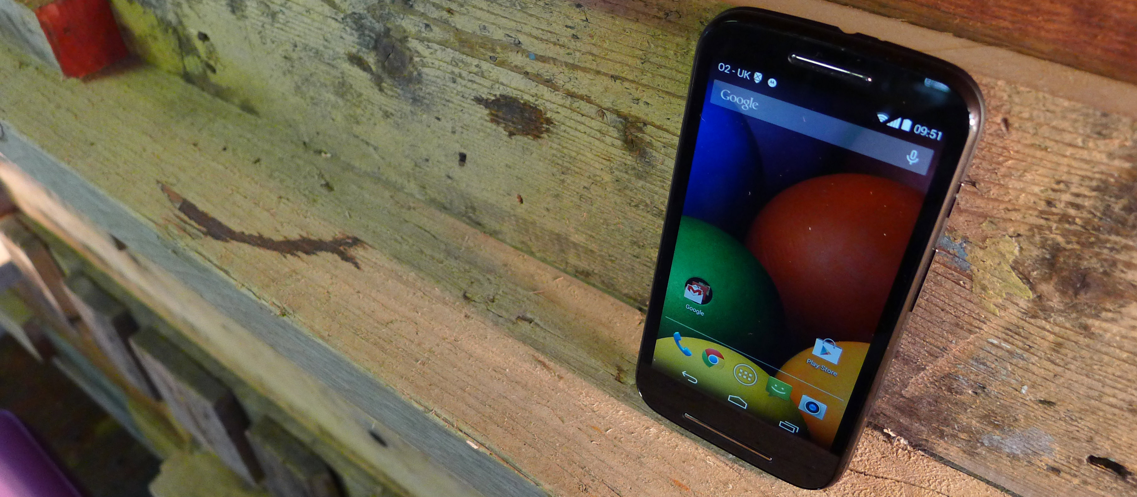 Moto E Hands-On: Is this the Ultimate Low-End Smartphone?