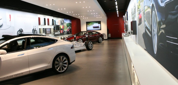 Scottsdale, AZ Tesla storefront at Fashion Square, via the Tesla website.