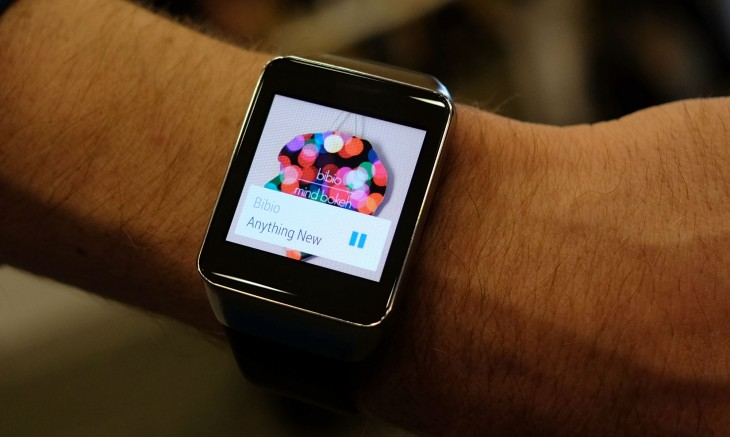 0625 samsung 2 730x437 Wrist on with the Samsung Gear Live Smartwatch: Finally a smartwatch thats not embarrassing