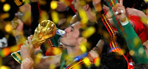 Spain's goalkeeper Iker Casillas kisses
