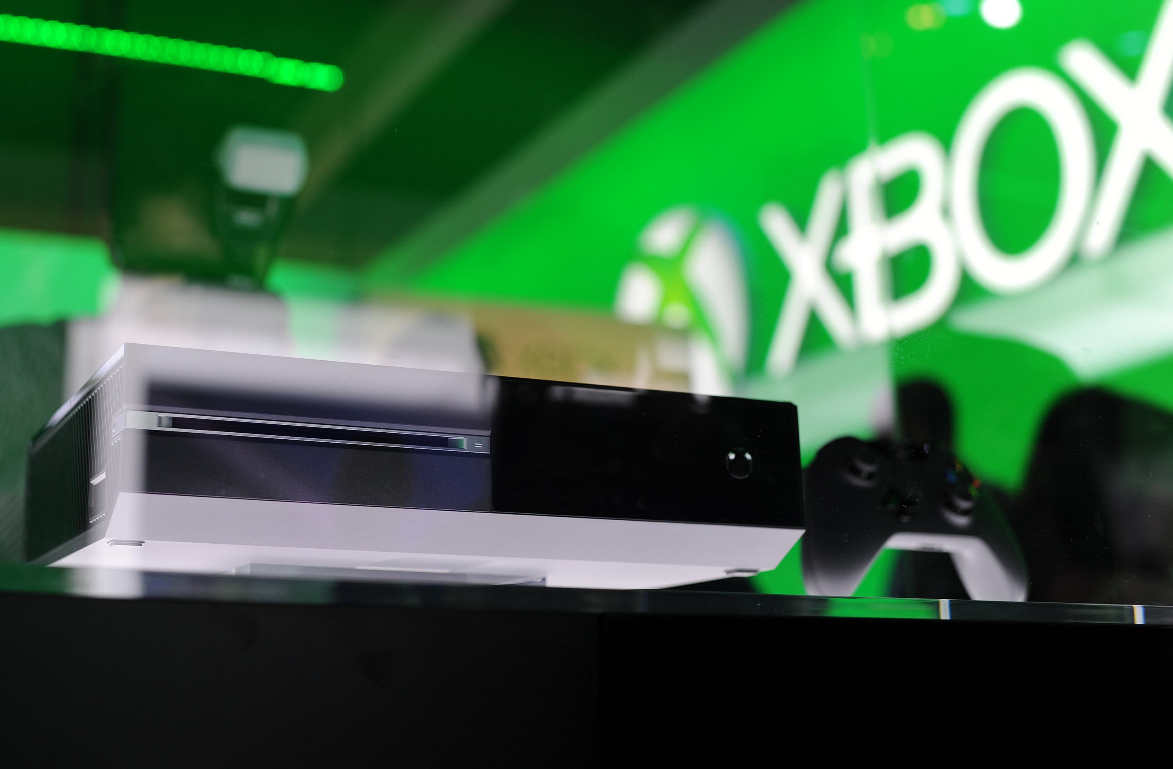 China Telecom To Start Selling Xbox One In September