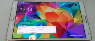 GalaxyTabS8_front_feat