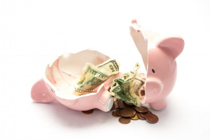 Piggy bank broken with money 730x486 Everything you need to know to throw an awesome startup party