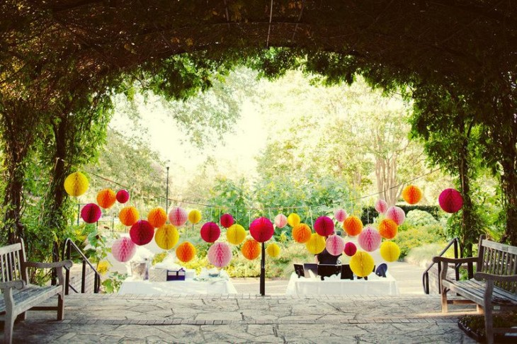 whimsical outdoor wedding reception decor.original 730x486 Everything you need to know to throw an awesome startup party