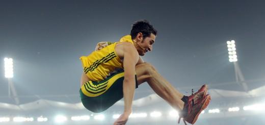 Australia's Fabrice Lapierre competes du
