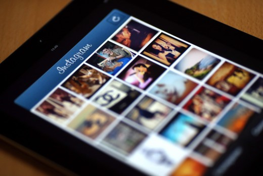 Pictures appear on the smartphone photo