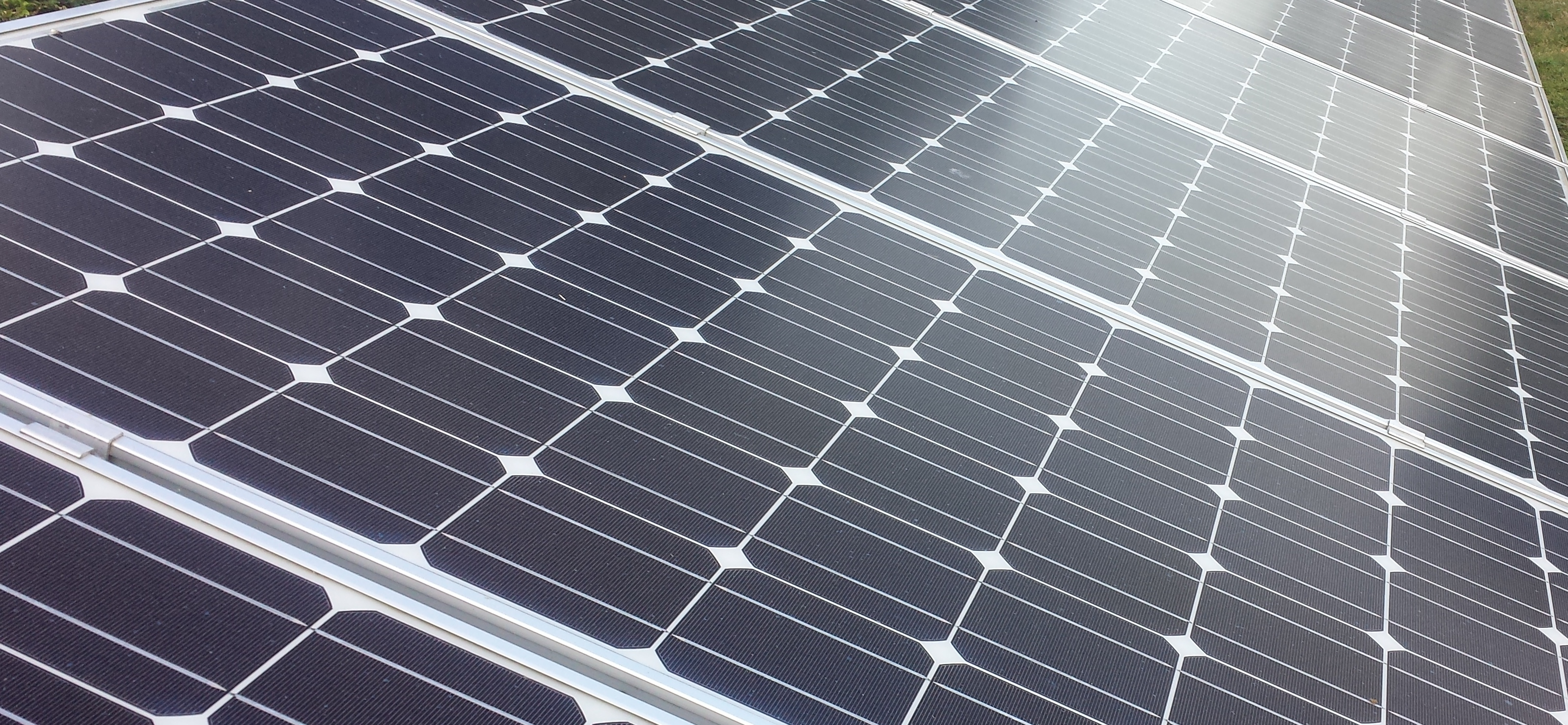 Apple Invests $55m in Solar Farm