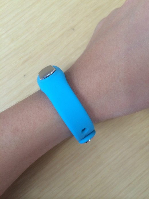 IMG 0662 520x693 Hands on with Xiaomi's $13 fitness band: A beautifully simple tracker that also unlocks your phone