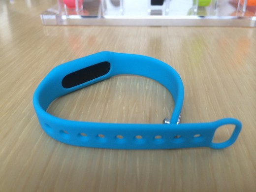 IMG 0669 520x390 Hands on with Xiaomi's $13 fitness band: A beautifully simple tracker that also unlocks your phone