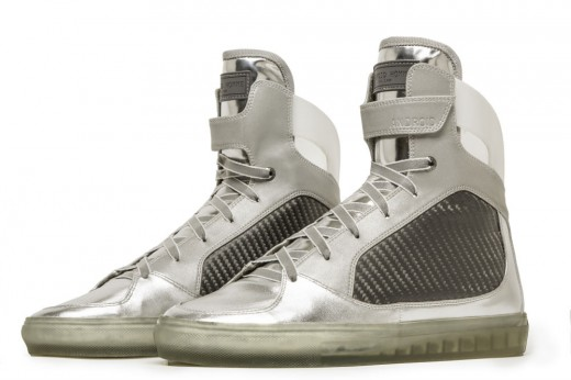 Moon Sneakers 2 520x346 These high tech sneakers commemorate the 45th anniversary of the moon landing