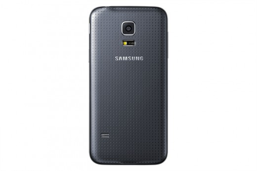 SM G800H GS5 mini Black 2 520x346 Samsung Galaxy S5 mini and Young 2 headed to the UK from August 7
