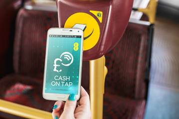 CashonTap Bus You can now use your EE phone instead of an Oyster card for contactless payments on London buses