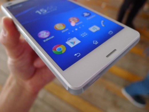 Compact7 520x390 Sonys Xperia Z3 Compact is a smaller Android smartphone with top tier specs