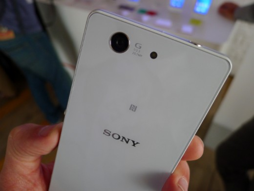 Compact9 520x390 Sonys Xperia Z3 Compact is a smaller Android smartphone with top tier specs