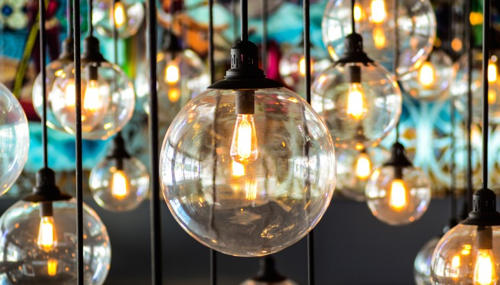 design lightbulbs 730x417 Why big companies struggle with innovation