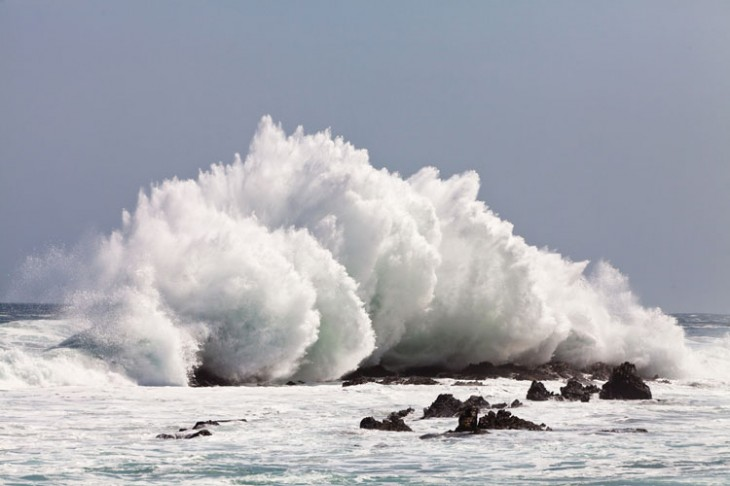 static.squarespace 46 730x486 Wild waves: 14 photos of the ocean overtaking the Earth