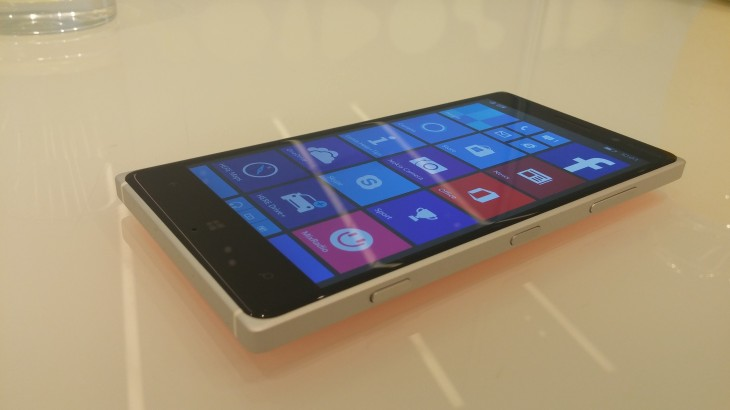 20140904 100352 730x410 Microsoft Lumia 830 hands on: Leveling the playing field with an affordable flagship