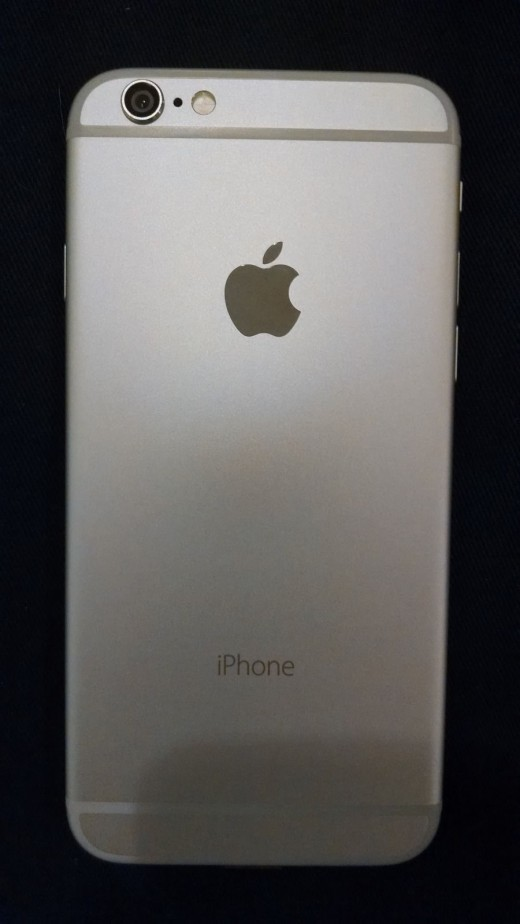 57 9 520x924 Looks like theres a prototype iPhone 6 on eBay