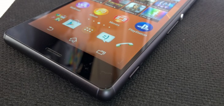 Xperia z3 corners 730x348 Sony Xperia Z3 review: Iterative upgrades in just the right places