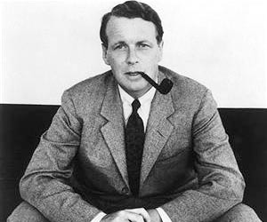 david ogilvy Lessons from David Ogilvy's contrarian management advice