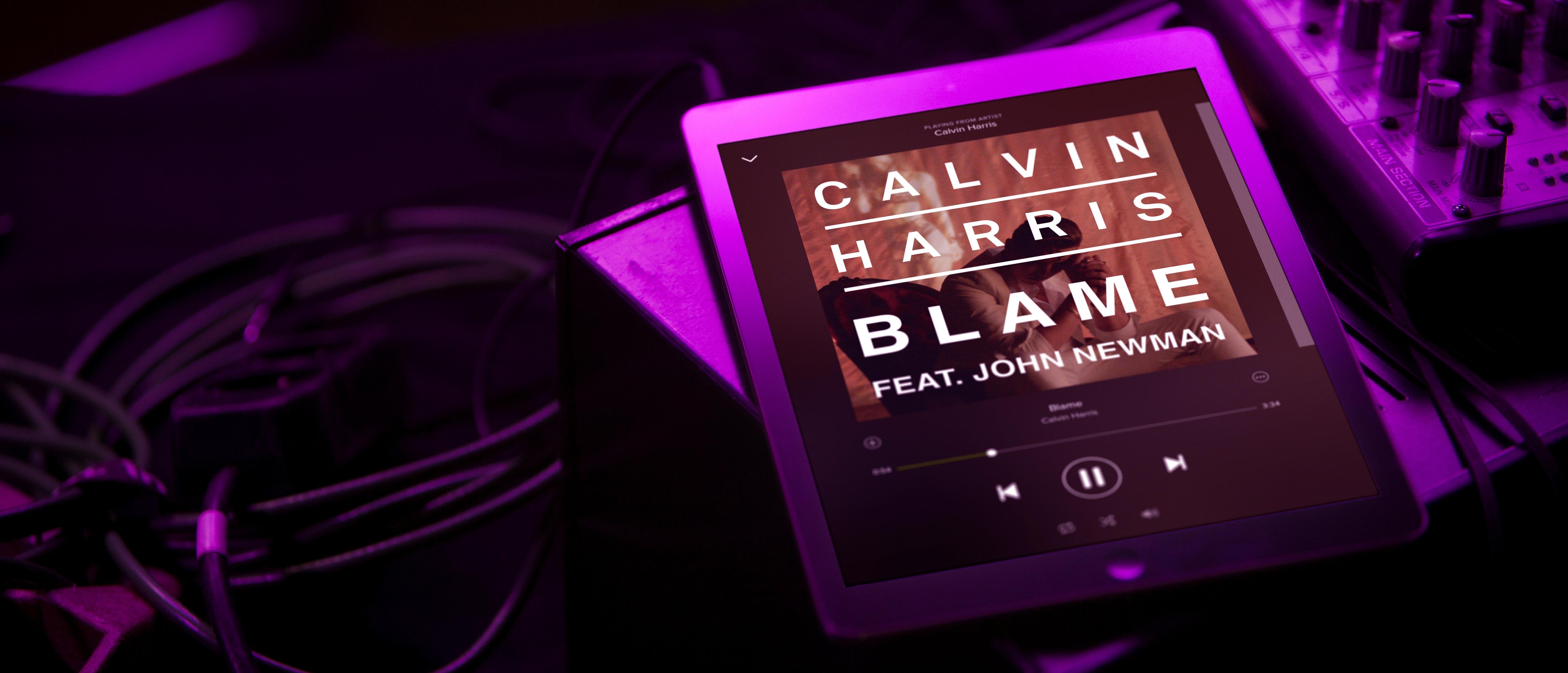 Spotify Brings its New Dark Look to iPad