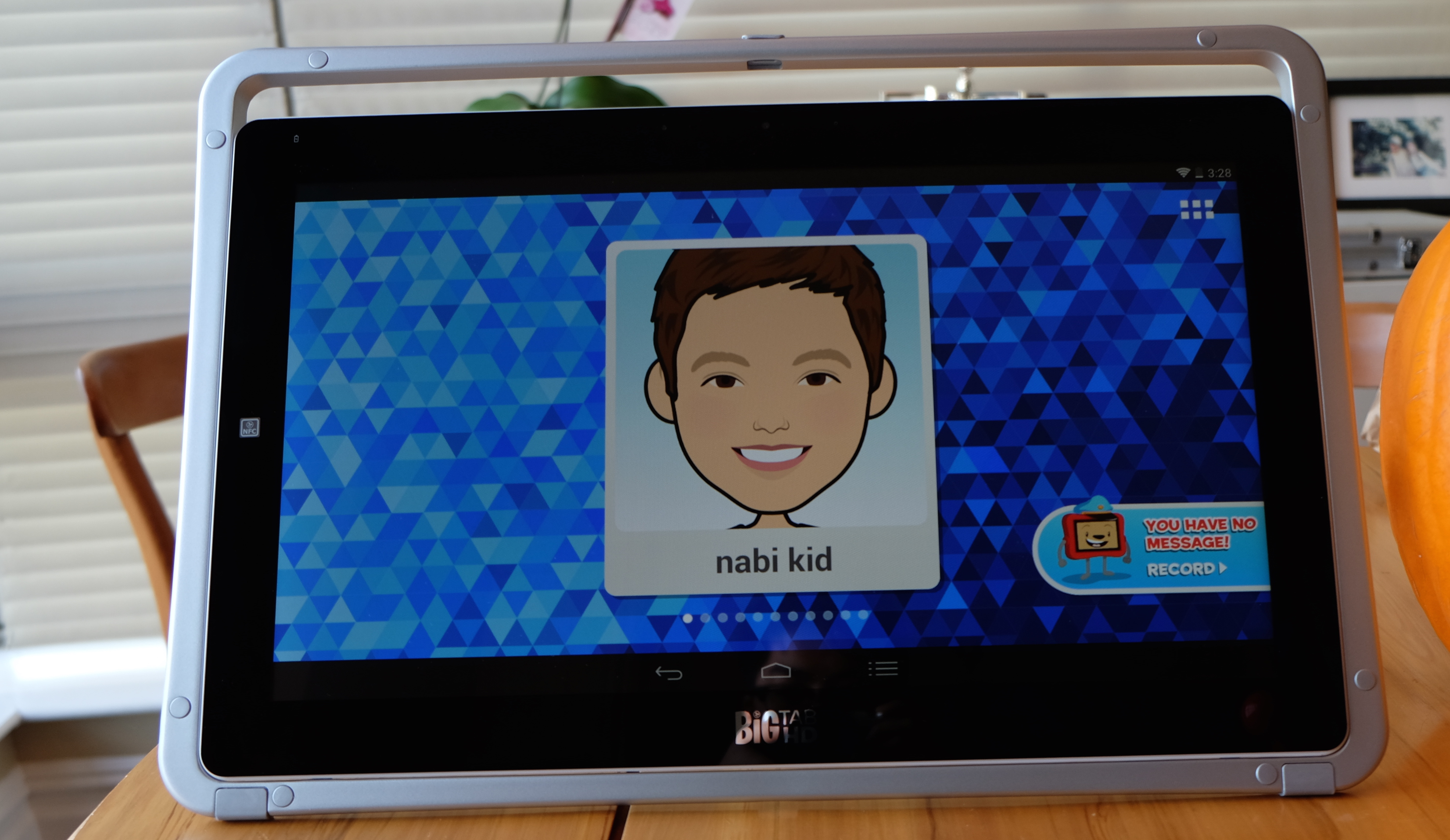 Nabi's 20-inch Big Tab HD tablet gets kids playing together on one gigantic screen - The Next Web