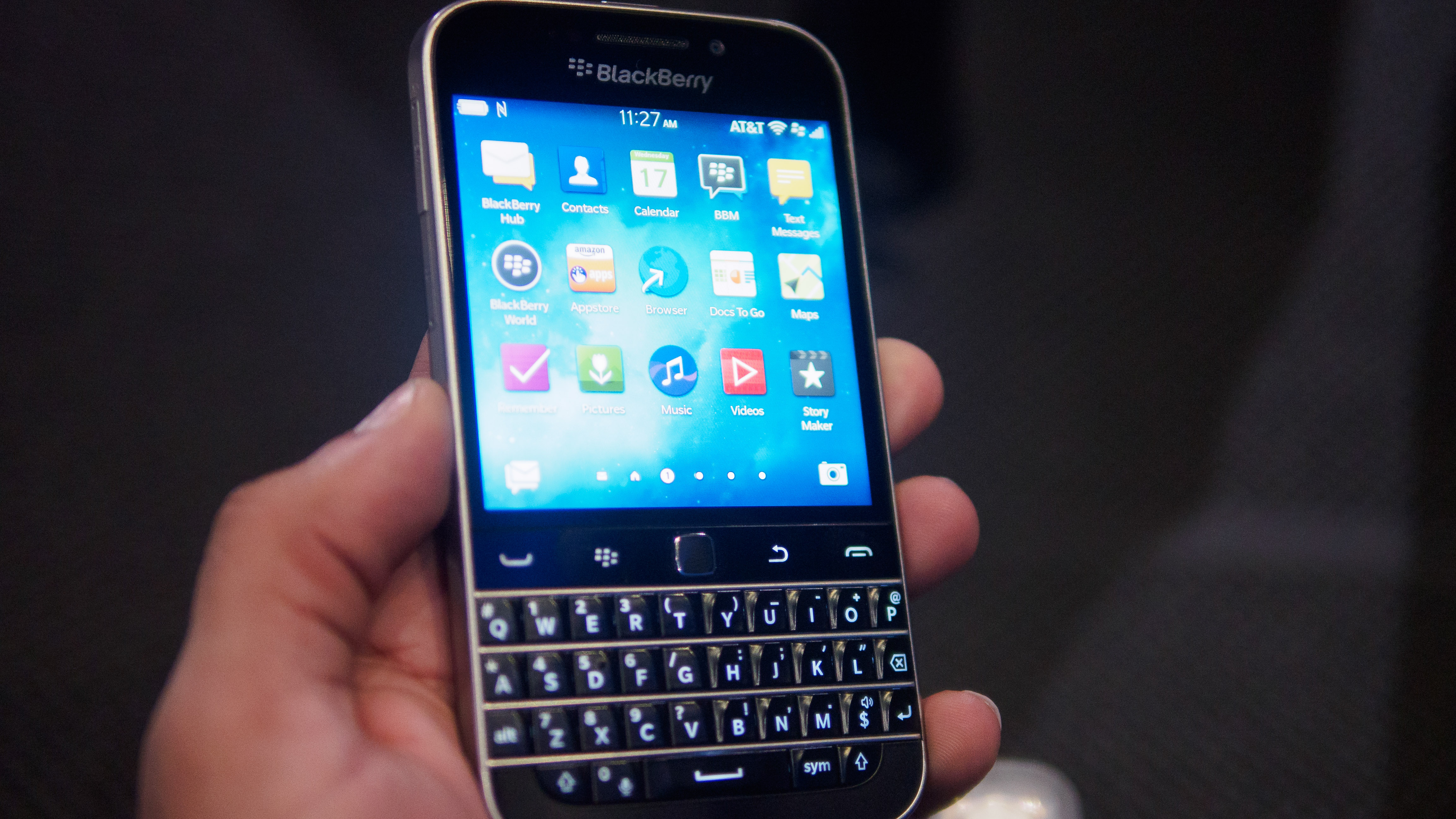 BlackBerry Classic Hands-On: Old School Isn't So Bad