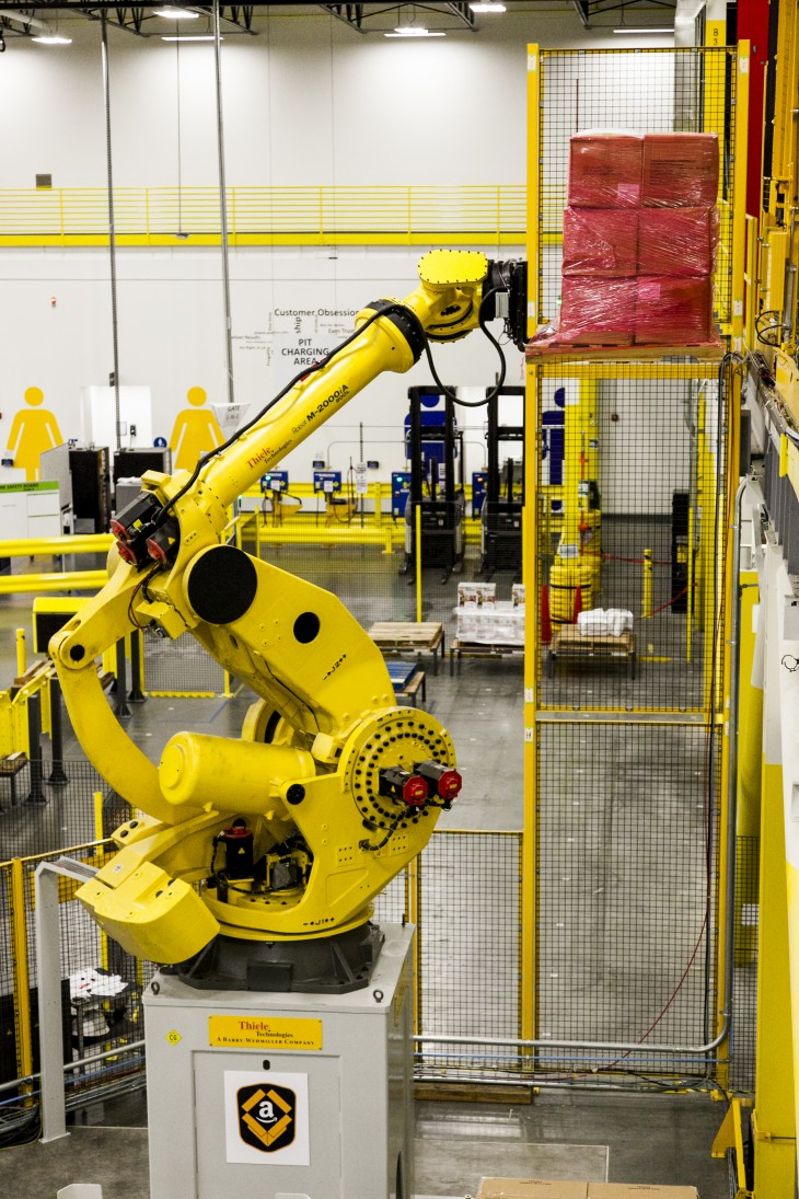 Robostow 730x1095 Amazon unveils its new army of warehouse robots but still needs humans