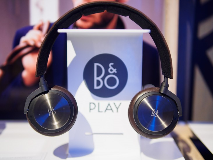 Hands-on: B&O's first wireless noise-canceling headphones are ...