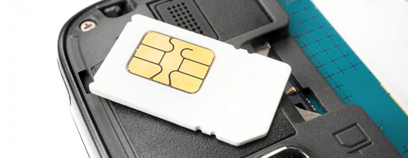 shutterstock_196839482_SIM card