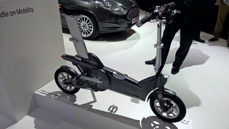 WP 20150303 14 15 45 Pro 730x411 Fords prototype electric bikes will warn you before you get hit by a car