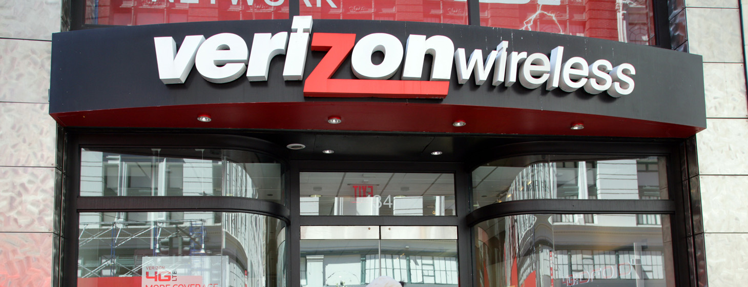 photo image Verizon's reason for cracking down on unlimited data users is bullshit
