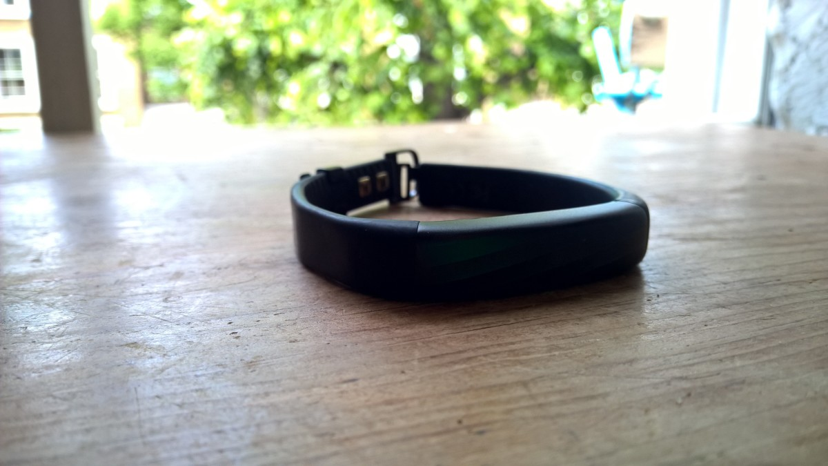 Jawbone may be getting out of the wearables business