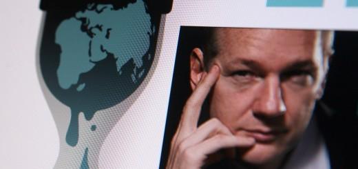 Wikileaks_assange_feat