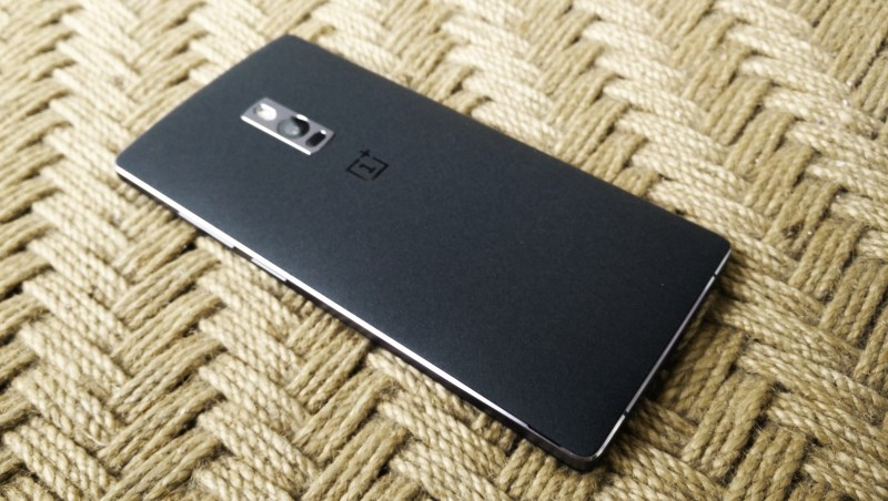 The back features a grippy sandstone finish and can be easily removed; sadly, the camera detracts from the overall look