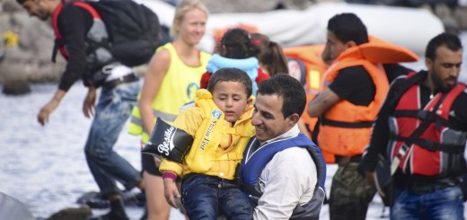 shutterstock_320039453_Lesvos_refugees