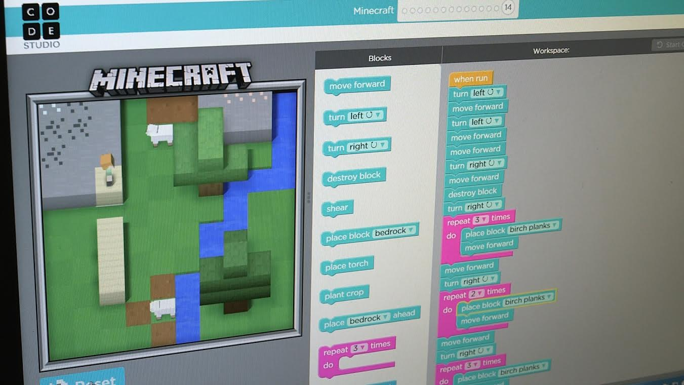 Teach your kids to code with this neat Minecraft lesson