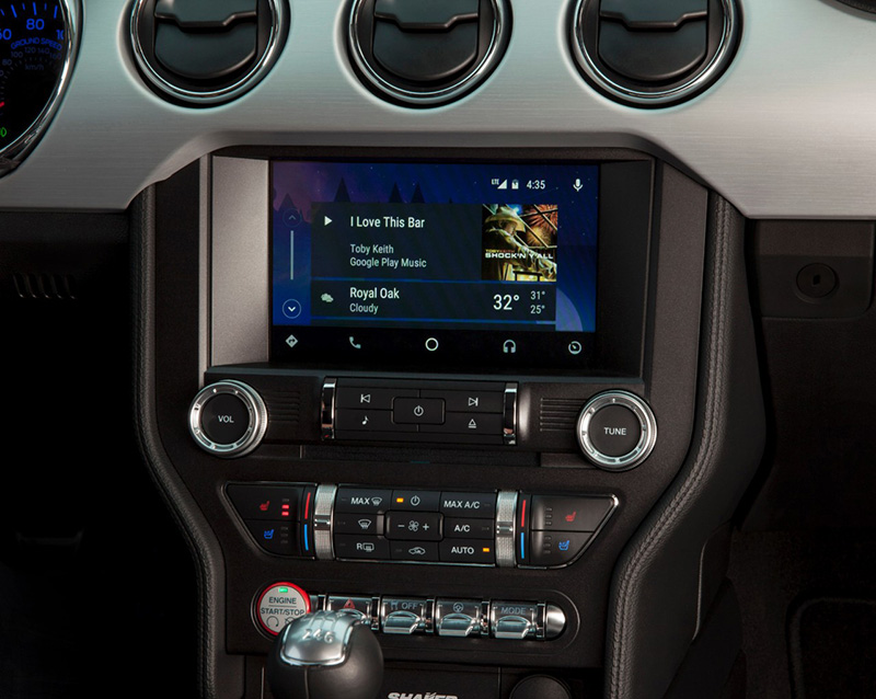 Ford's Sync 3 in-dash system will let you access maps, contacts and music from your Android or iOS phone