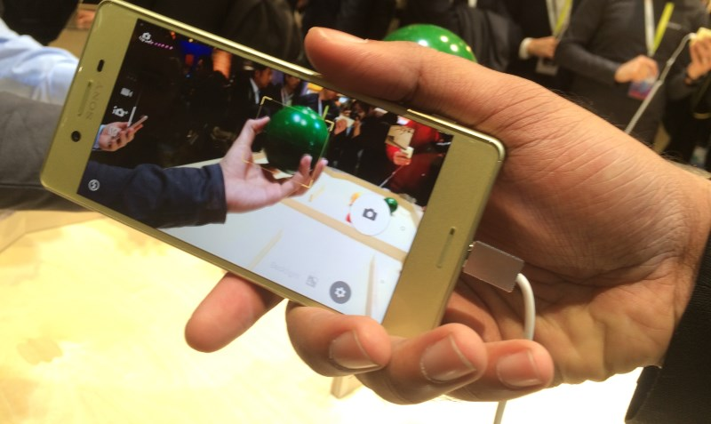 The Xperia X and X Performance feature predictive autofocus for better action shots