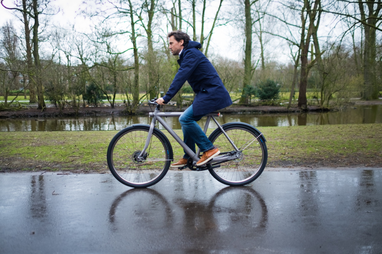 Meet the first beautiful E-bike from the future