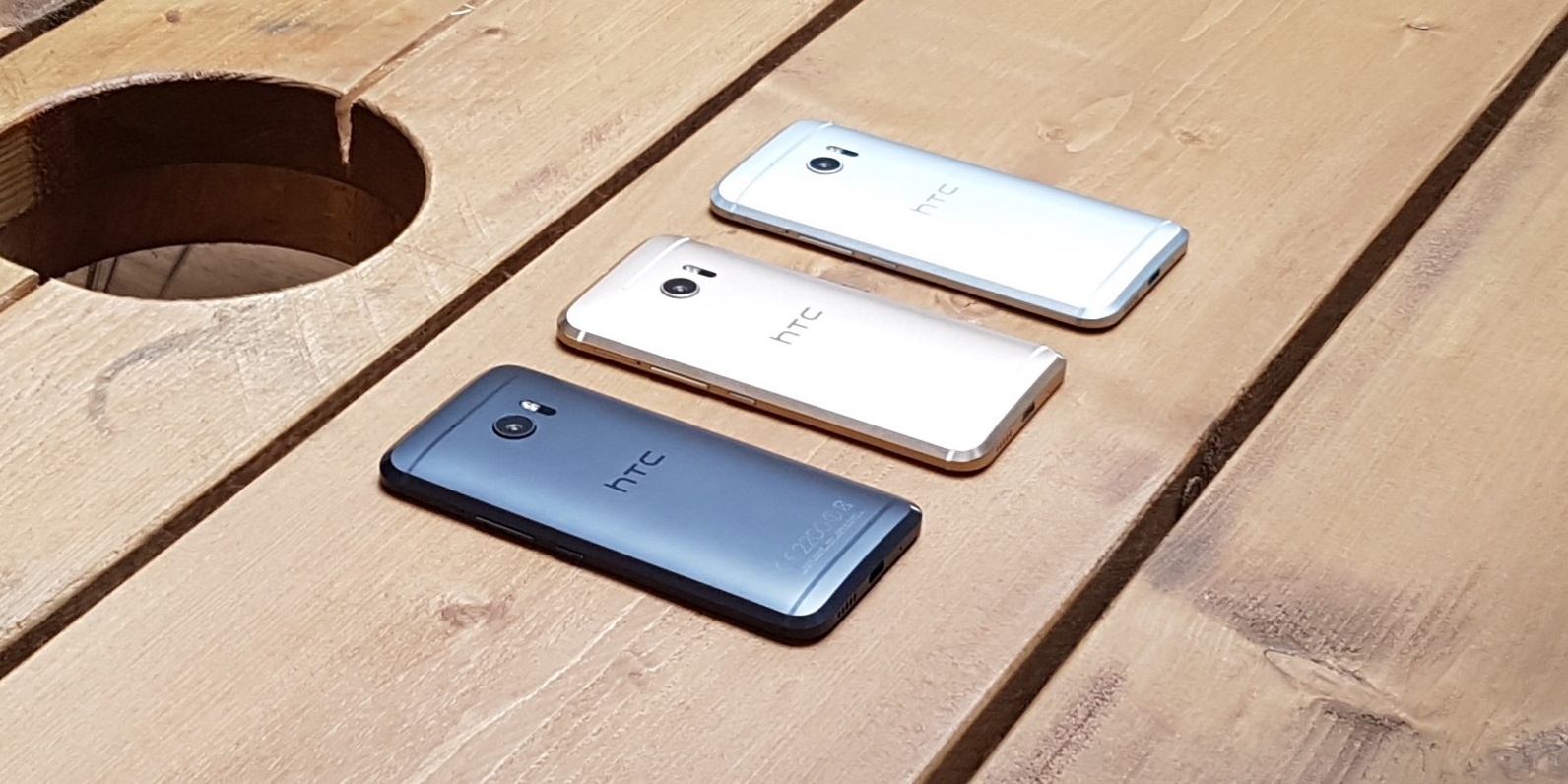 HTC10-3