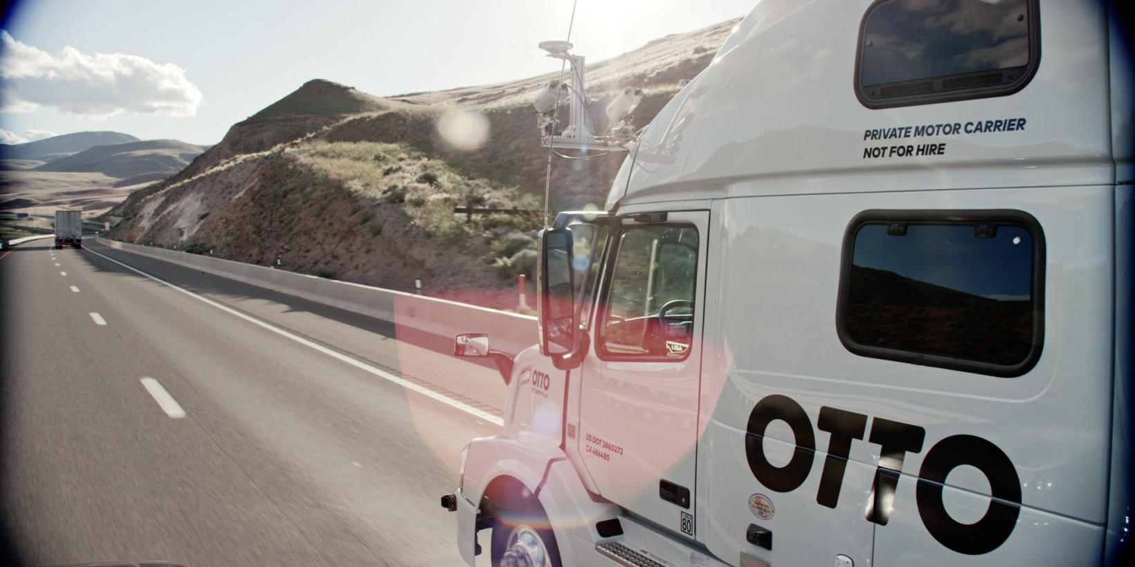 Ex-Googlers' self-driving kit for big rigs takes over on freeways