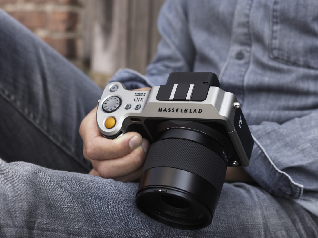 Hasselblad's X1D could change mirrorless cameras forever