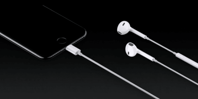 Apple's new Lightning EarPods aren't playing nice with the iPhone 7